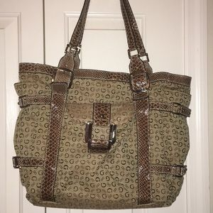 Large guess purse!